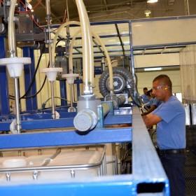 Lavado y readecuacion grado alimenticio de totes de plástico (IBC's) en planta de Recoenvases