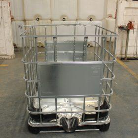 Reja de acero utilizada para proteger nuestros IBC's (totes)